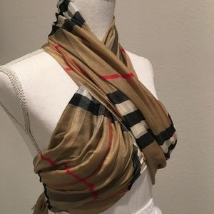 Burberry Style Scarf with Sheen